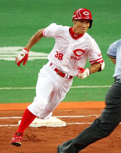 カープ赤松3番