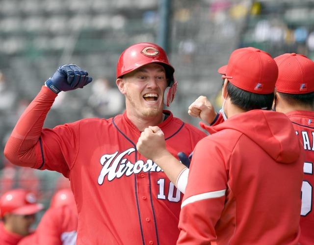 カープクロン、2発6打点で本塁打王&打点王の二冠王