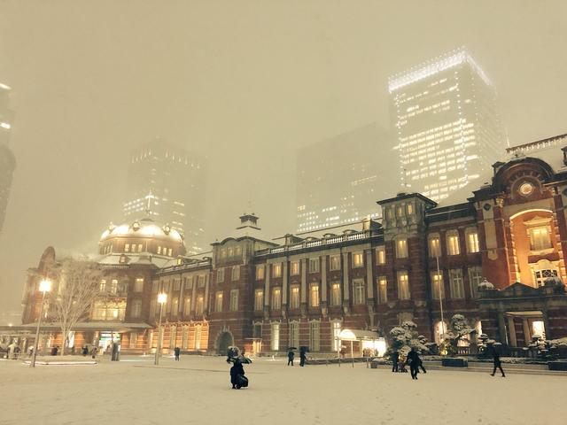 東京駅大雪
