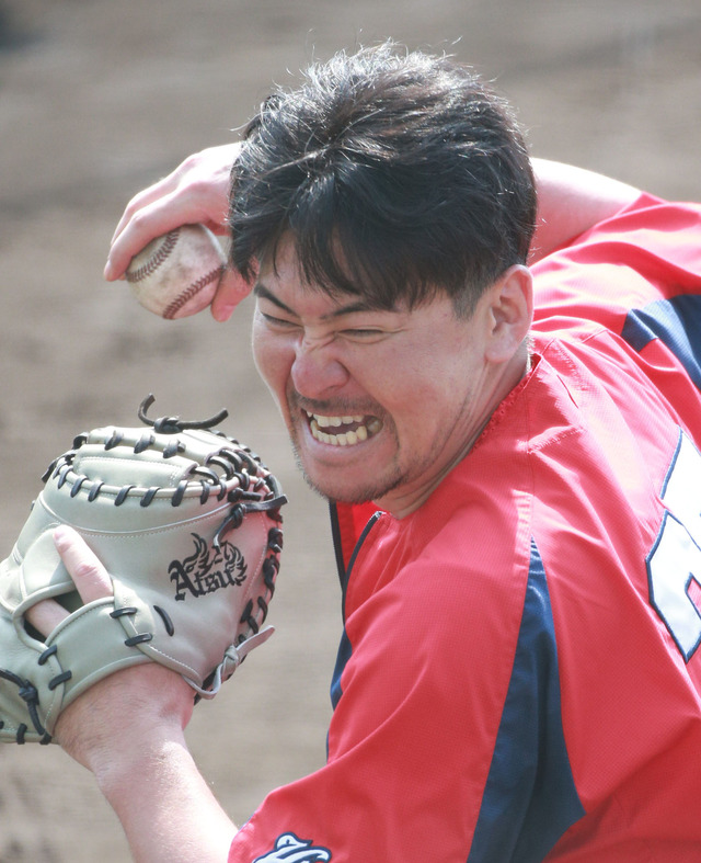 カープ會澤キャノンでホークス周東佑京の盗塁阻止