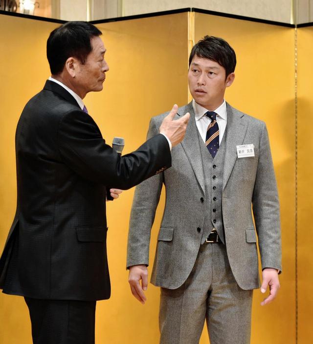 新井さん野球評論家