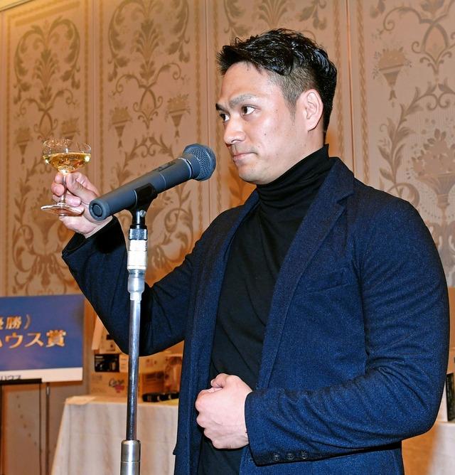カープ田中広輔選手会長就任