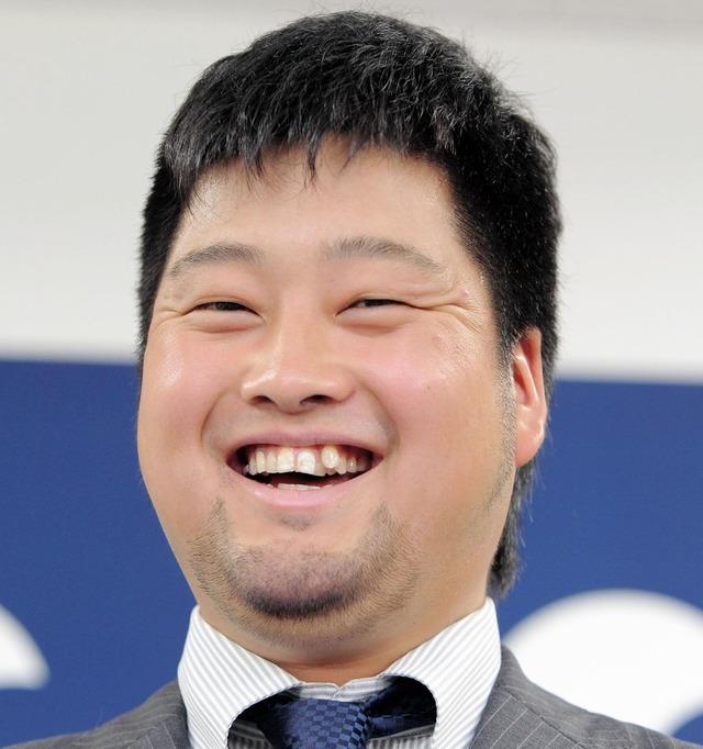 中崎翔太_契約更改_2016