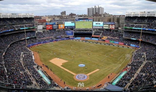 ヤンキーススタジアムサッカー