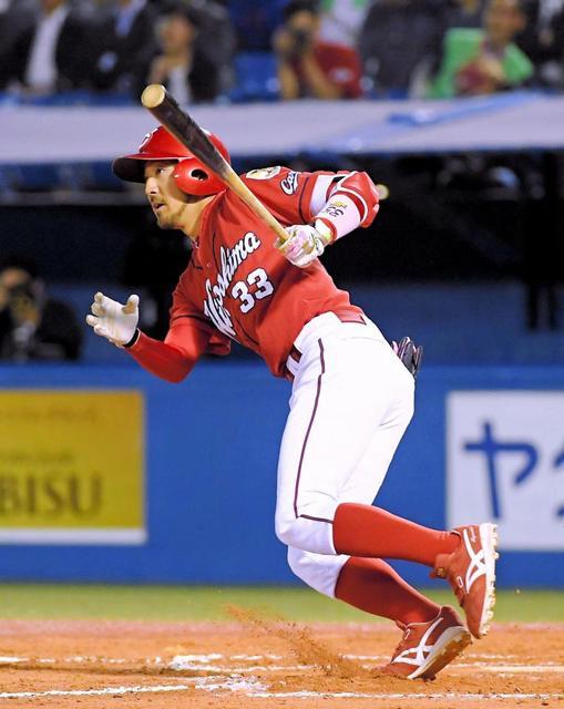菊池涼介同点2塁打 (2)