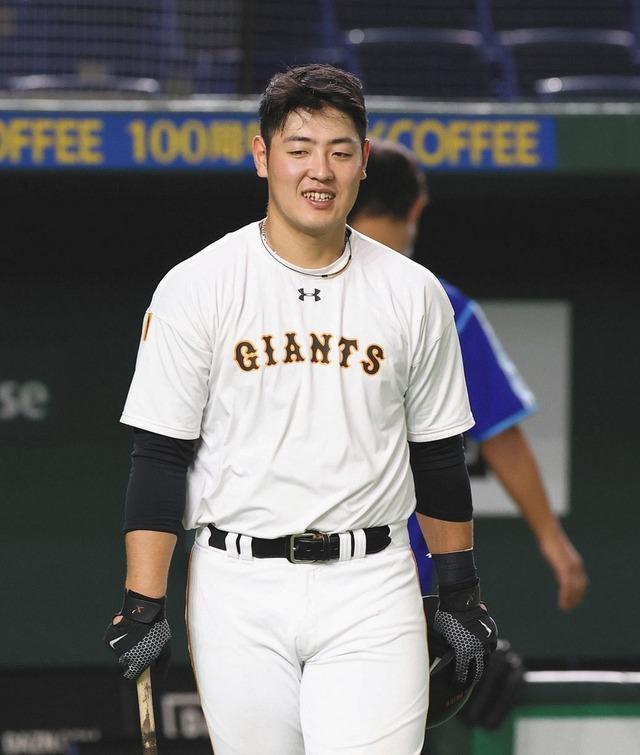 巨人岡本の苦手な投手はカープ遠藤淳志