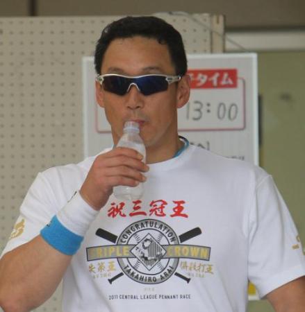 金本新井三冠王Tシャツ