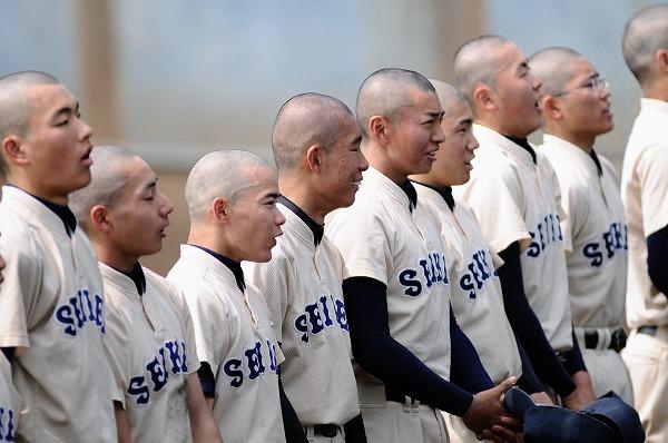 野球部坊主強制