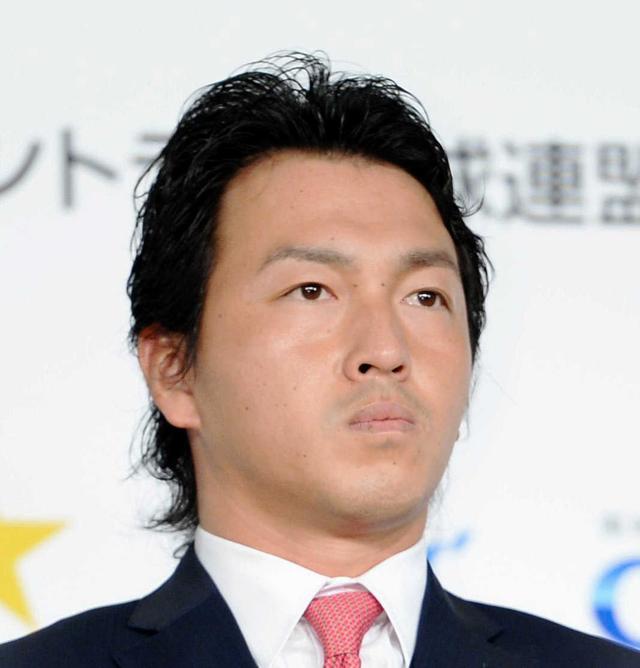 長野久義背番号5に決定