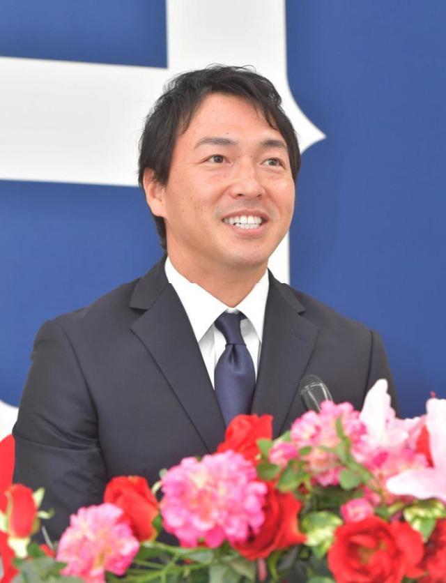 長野久義契約更改年俸2020年