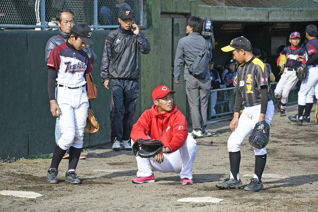 緒方孝市野球教室 (4)