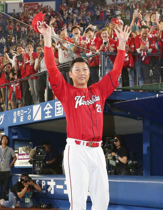 新井貴浩代打逆転タイムリー2塁打ヒロイン