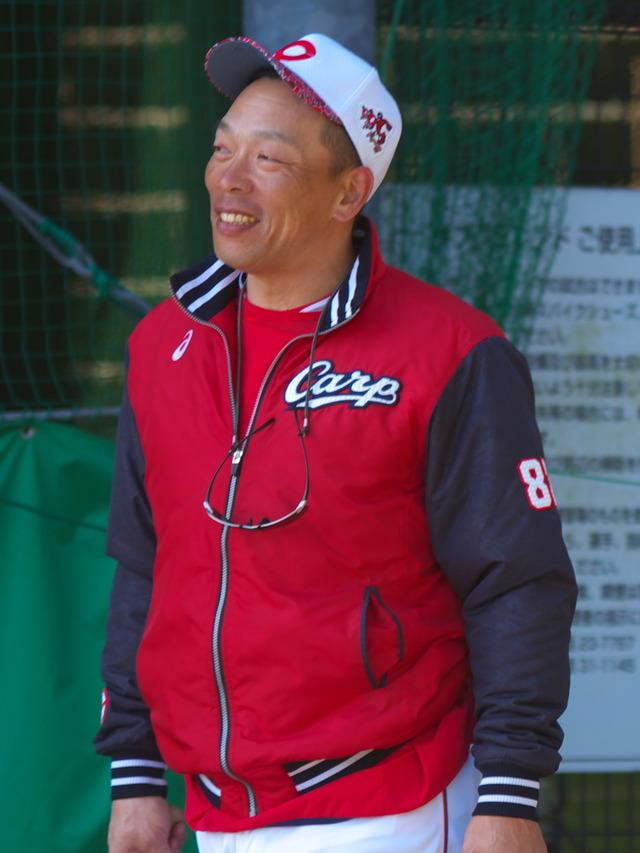 カープ浅井樹コーチ退団