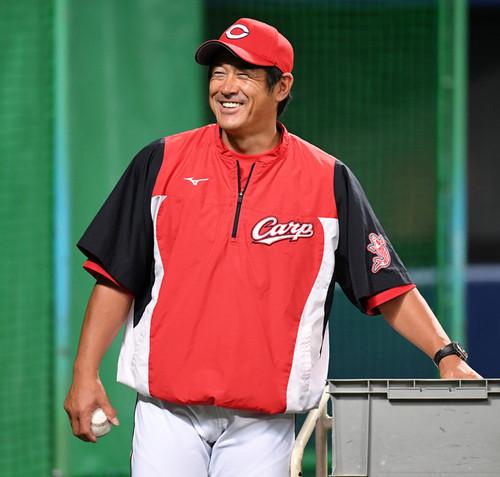 石井コーチ退任