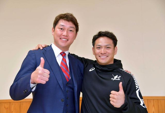 田中広輔新井貴浩 (1)