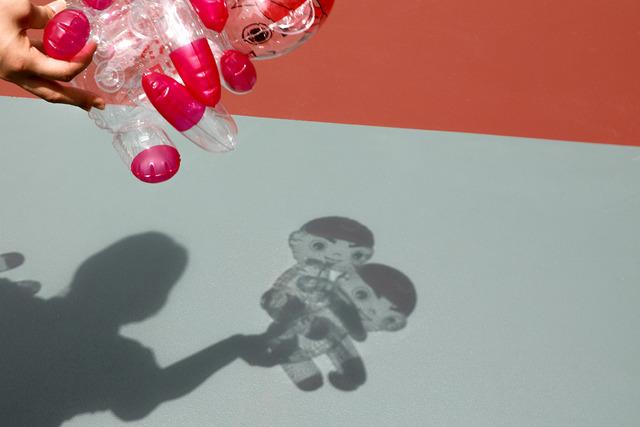 カープ坊やのビニール人形_05