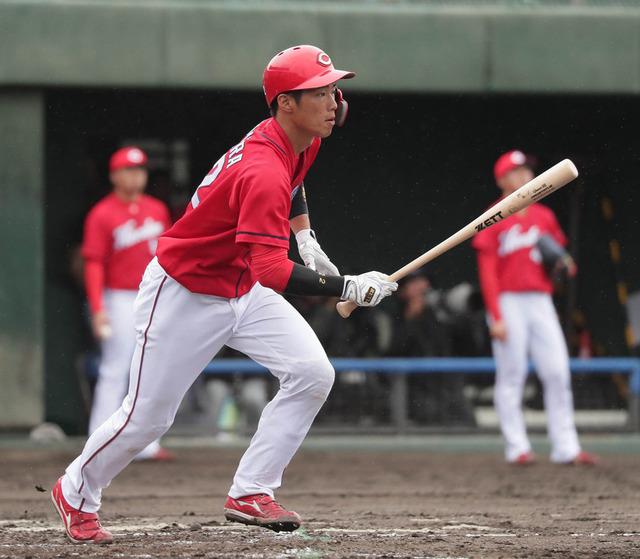 カープ中村奨成教育リーグ3ランホームラン