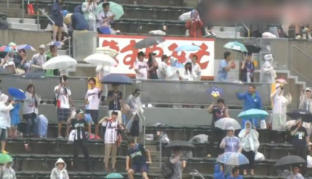 広島ヤクルト12回戦_雨天中止_23