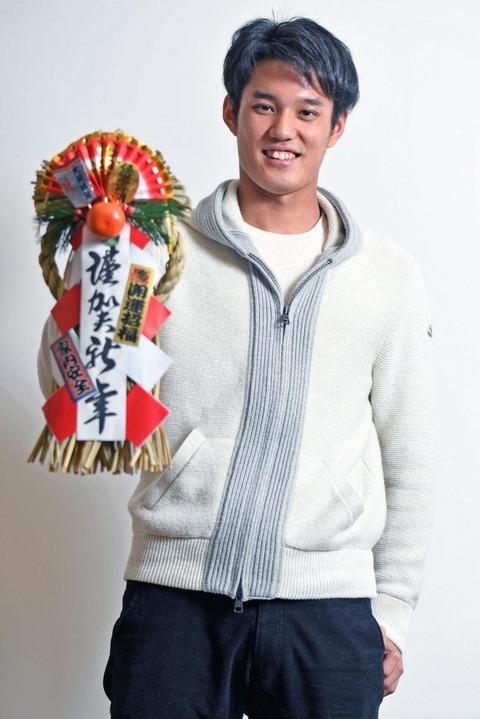 【阪神】藤浪晋太郎さん、私服のレパートリーが少なすぎる