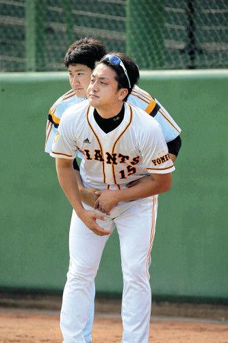 【悲報】巨人・菅野ホモだった…練習中に澤村に抱きつく