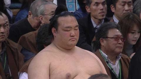 【大相撲】稀勢の里、力入らず…千秋楽に照ノ富士と対戦