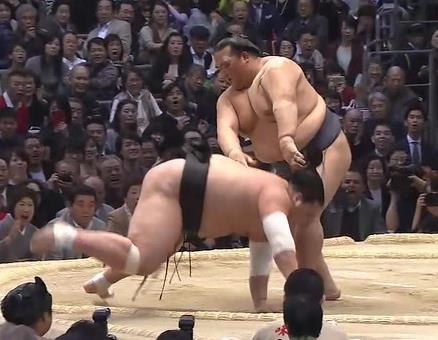 【大相撲春場所】優勝決定戦、稀勢の里逆転優勝!!!!