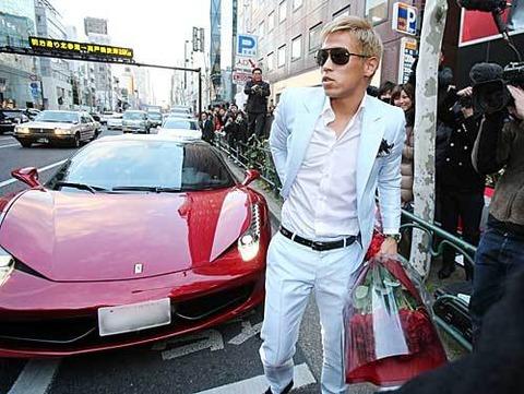 元ミラン・本田圭佑さん、年俸5億を要求