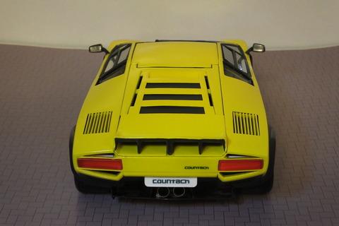 countach-il-LD-rear2
