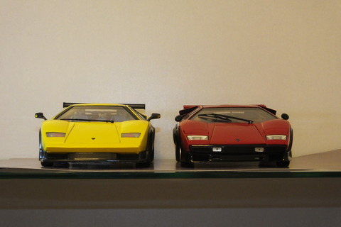 kyosho-countach-comparison1