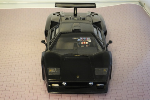 countach-gr.5-front2