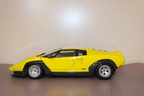 countach-il-SD-side1