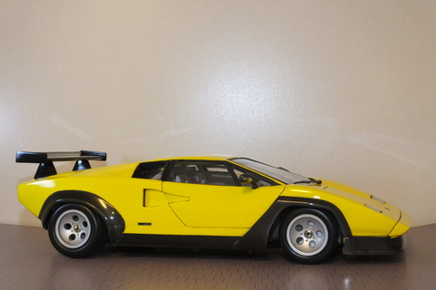 countach-il-SW-side2