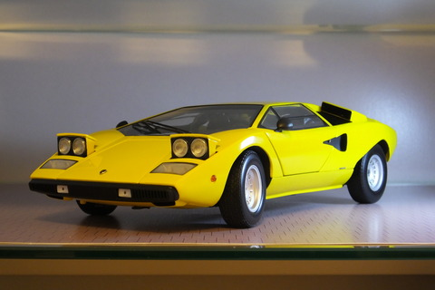 kyosho-countach-lp400-popup2
