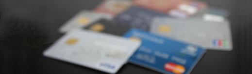 クレジットカードで、リボ払いをしていませんか?