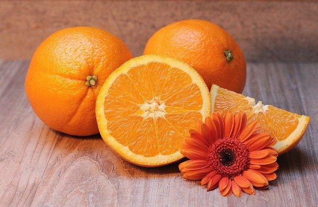Twitter運営「嘘・大げさ・ まぎらわしいツイートはオレンジ色にしてやる」