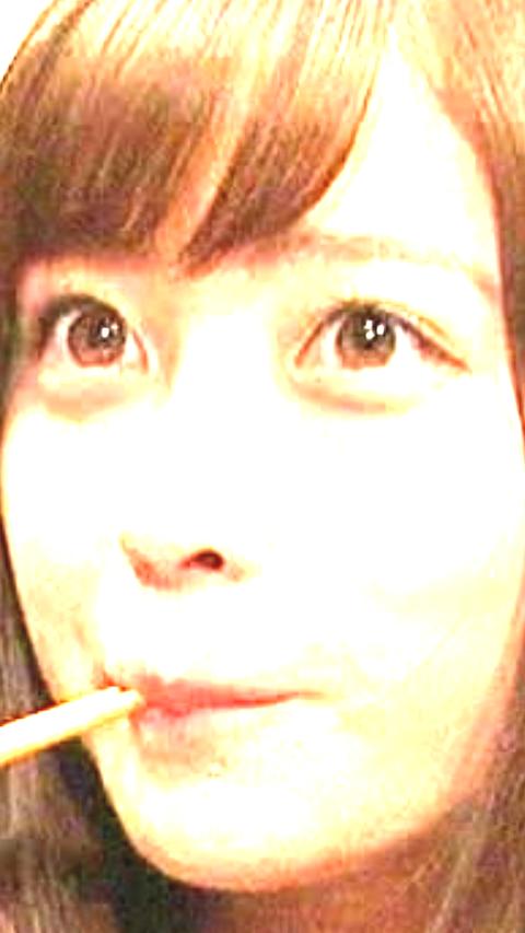 【悲報】橋本環奈の肌荒れ具合が酷いと話題に