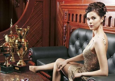Pretty Russian Billiards Master06