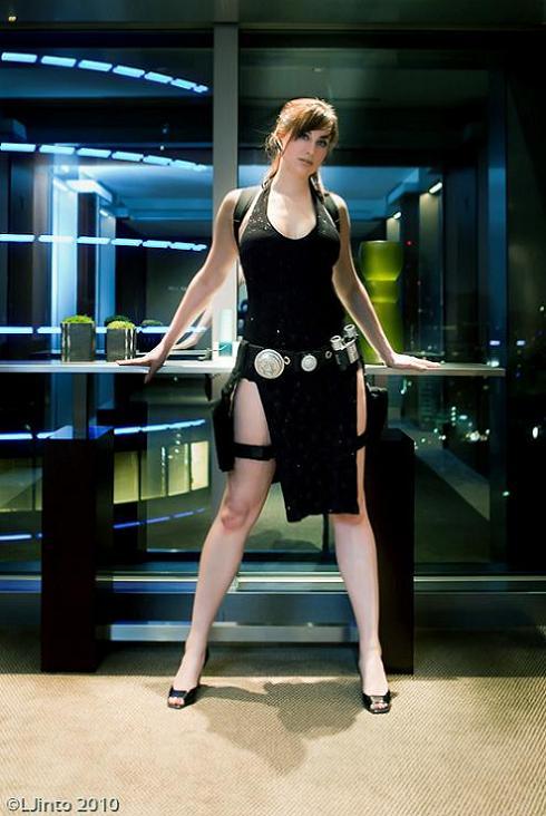 meagan-marie-lara-croft-cosplay-08