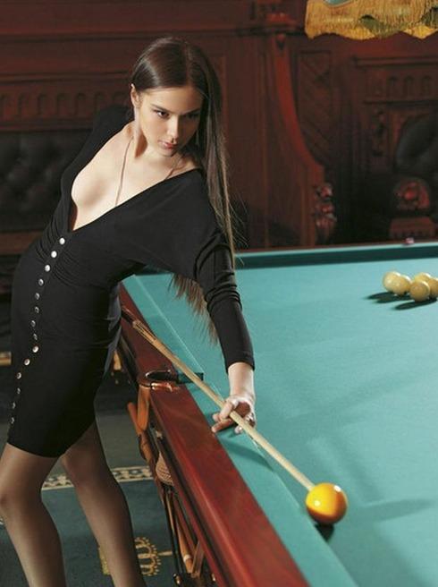 Pretty Russian Billiards Master07