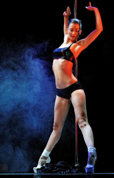 Pole Dance14