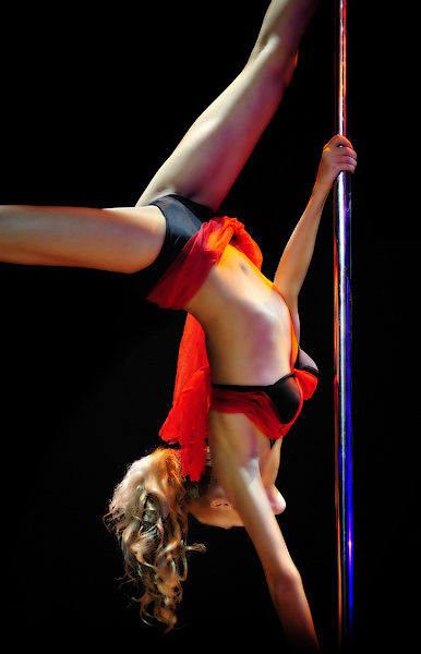 Pole Dance08