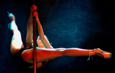 Pole Dance01