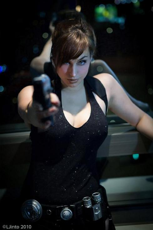 meagan-marie-lara-croft-cosplay-04