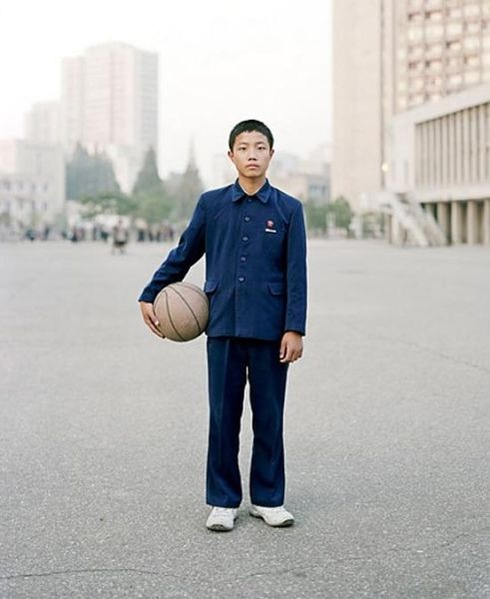 a_glimpse_into_the_daily_life_of_north_koreans_640_04