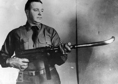 Curved Barrel Machine Gun, 1953
