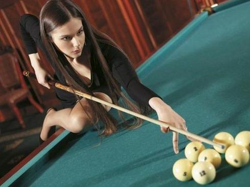 Pretty Russian Billiards Master02