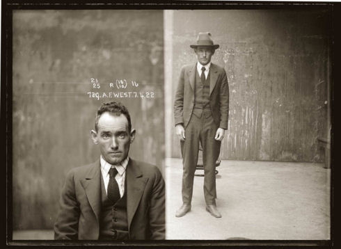 vintage-mugshots-black-and-white-30