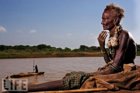 Dassanech Woman, Omo River