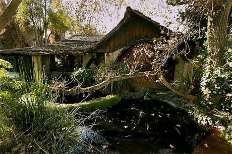 fairytales-houses-06