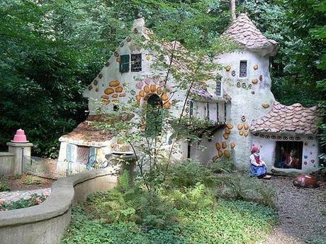 fairytales-houses-03